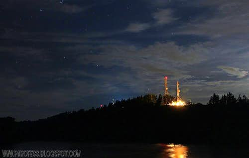 Itapeva Peak at night