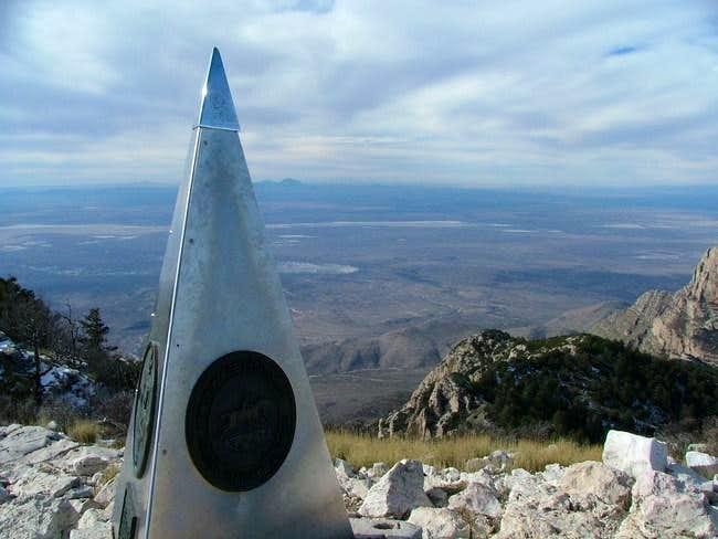 Summit marker 12-27-2004...