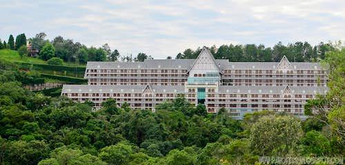 Four Seasons Hotel.