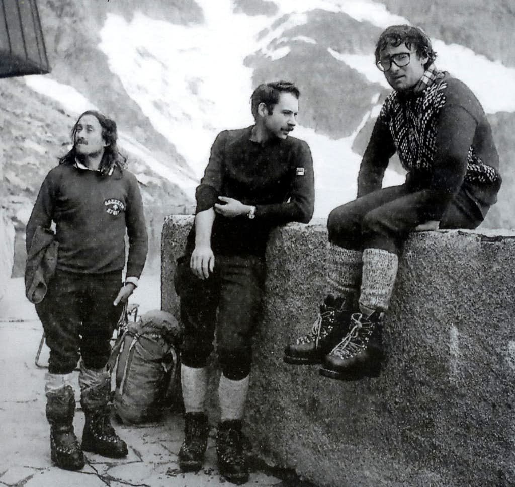 Giancarlo Grassi, Renato Casarotto and Gianni Comino at Rifugio Monzino