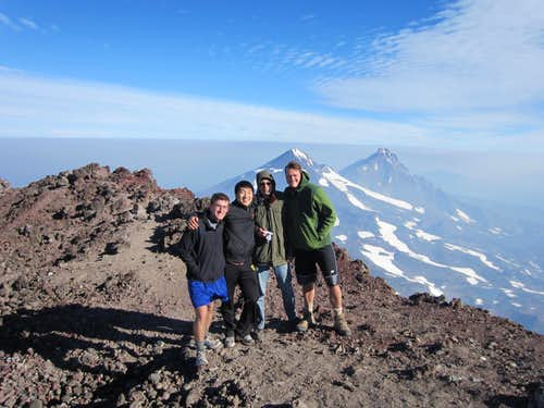 South Sister Group Summit Pic