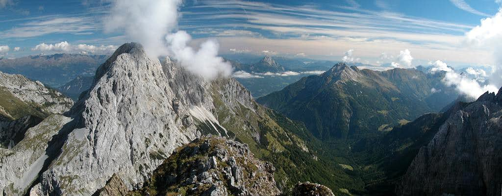 Rauchkofel summit view to the...
