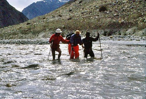 Karakorum river crossing
