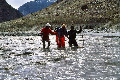 Karakorum river crossing