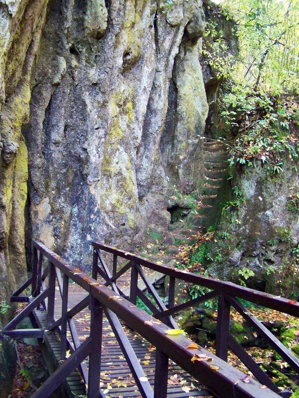 Romantic tourist path at Jankovac