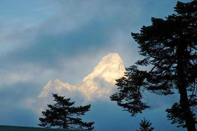 Sunset on Ama Dablam, watched...