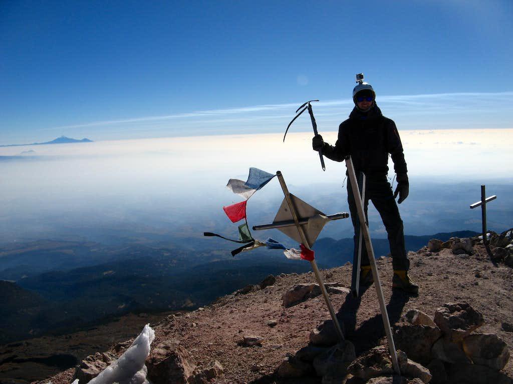 Summit shot.Izta(Iztaccihuatl)