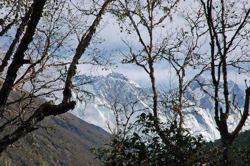 Everest and Lhotse lurking...