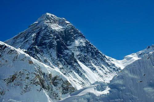 Everest SW face Bonington...