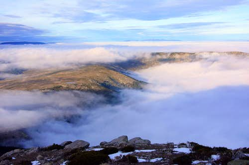 Sierra de la Morcuera and the sea of clouds