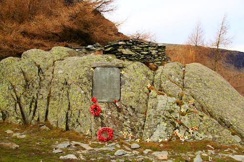 Castle Crag Summit Memorial