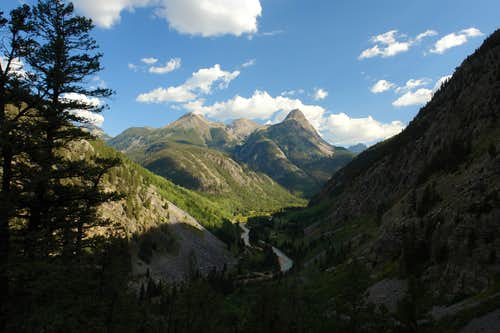 Descending into Animas River Canyon