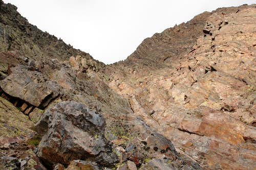 The upper gully on Arrow Peak