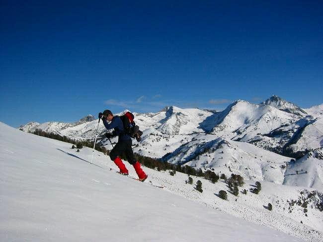 Jeromeclimber snowshoeing up...