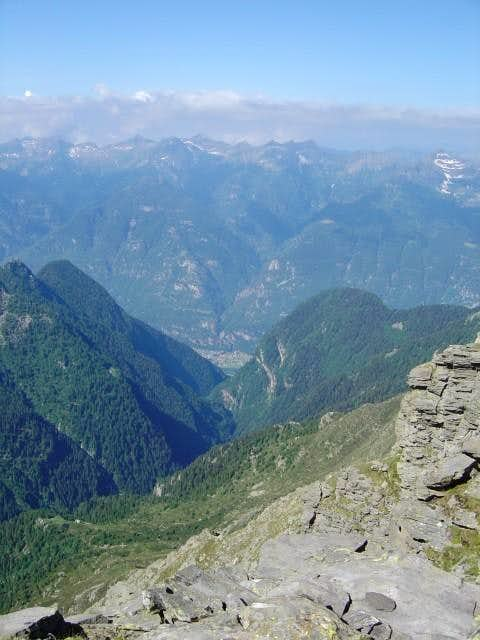 The long Val d\'Osogna, seen...