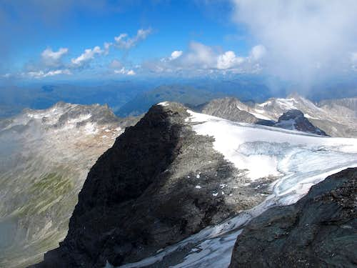The Schwarzkopf seen from the summit of the Ankogel