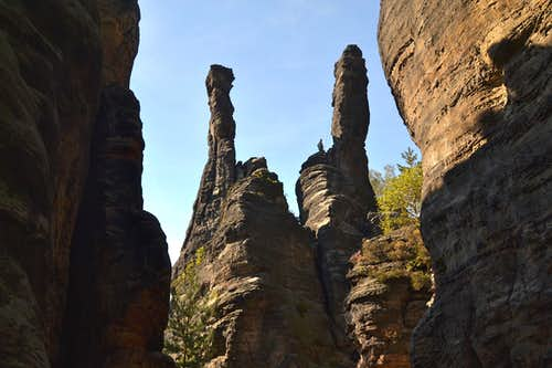 """Symmetrical"" twin spires in the Bielatal valley"
