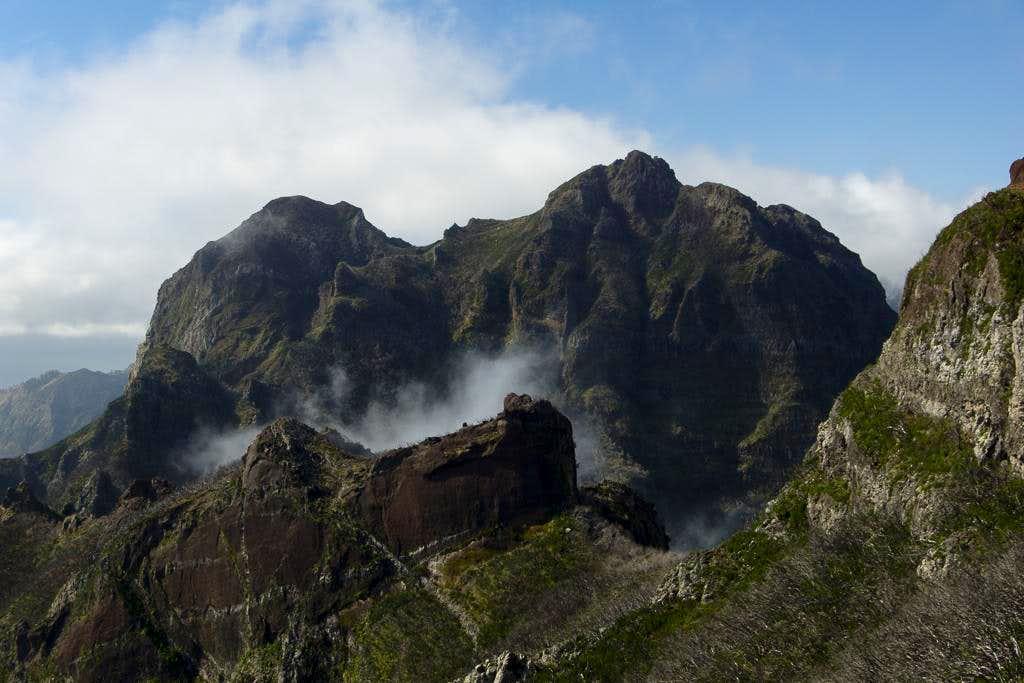 Pico Jorge, Pico Cascado