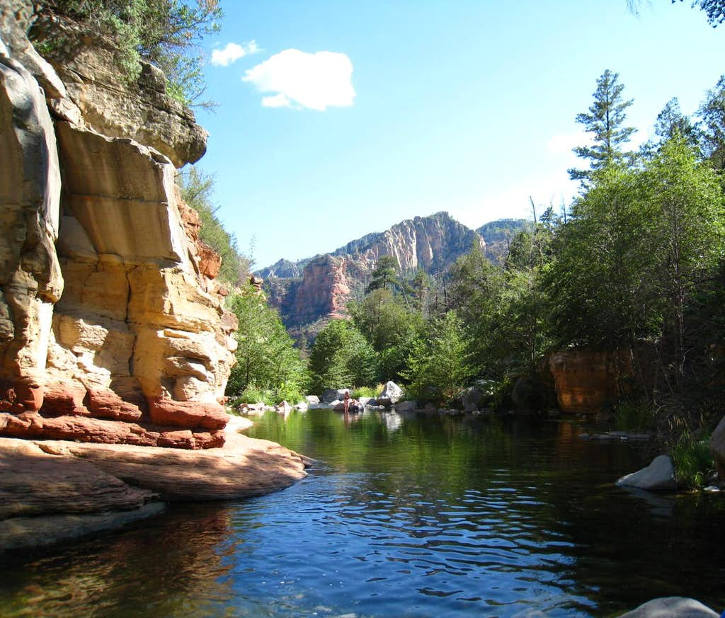 Looking through Oak Creek Canyon