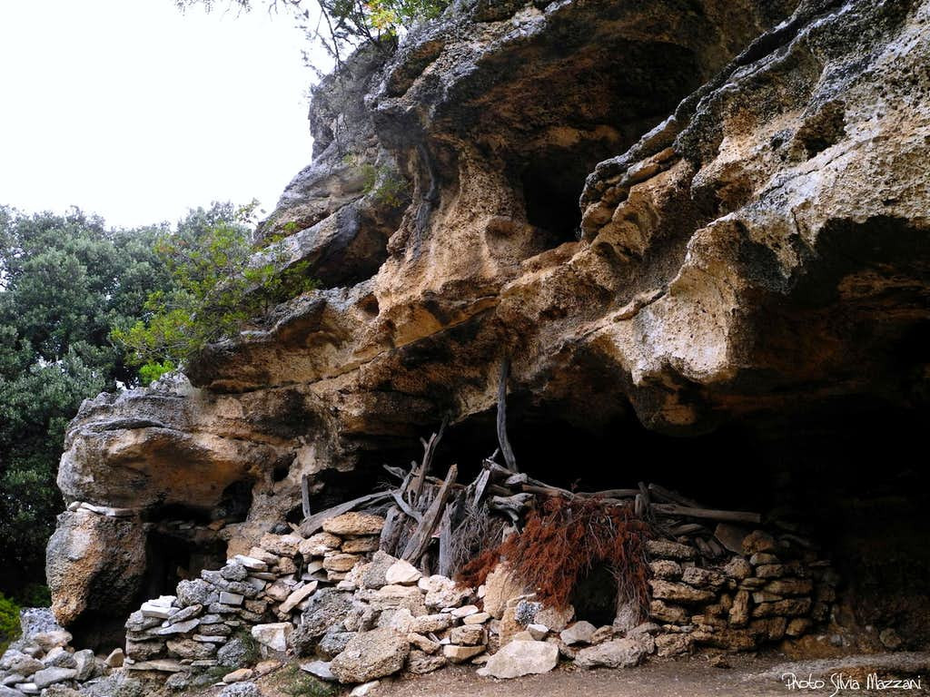 Ancient shepherds' cave along the trail