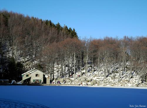 Holy Lake (Lago Santo) in wintertime