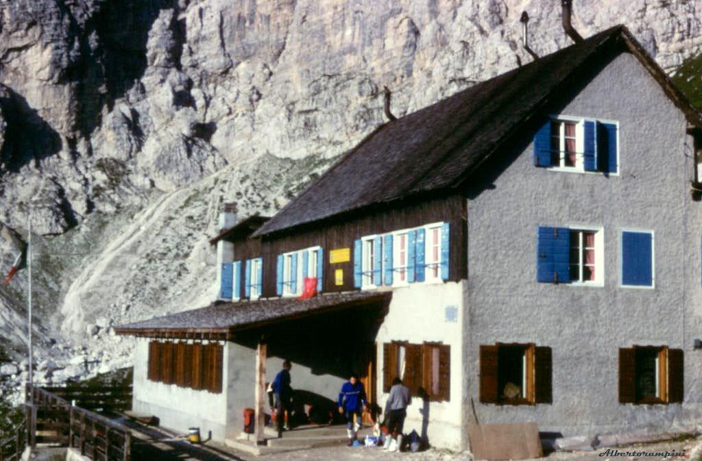 Rifugio Coldai in Civetta Northern branch