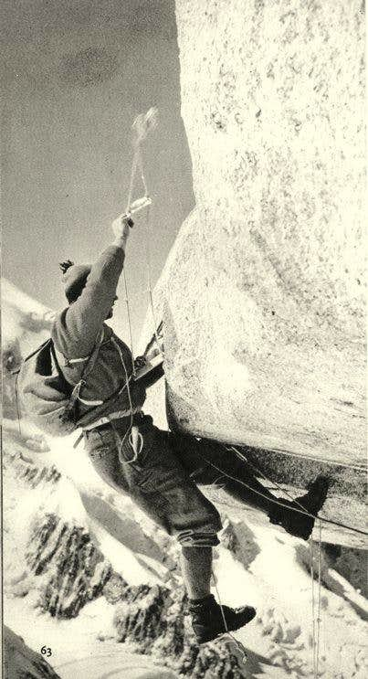 Lionel falls on Bonatti route - Grand Capucin East face