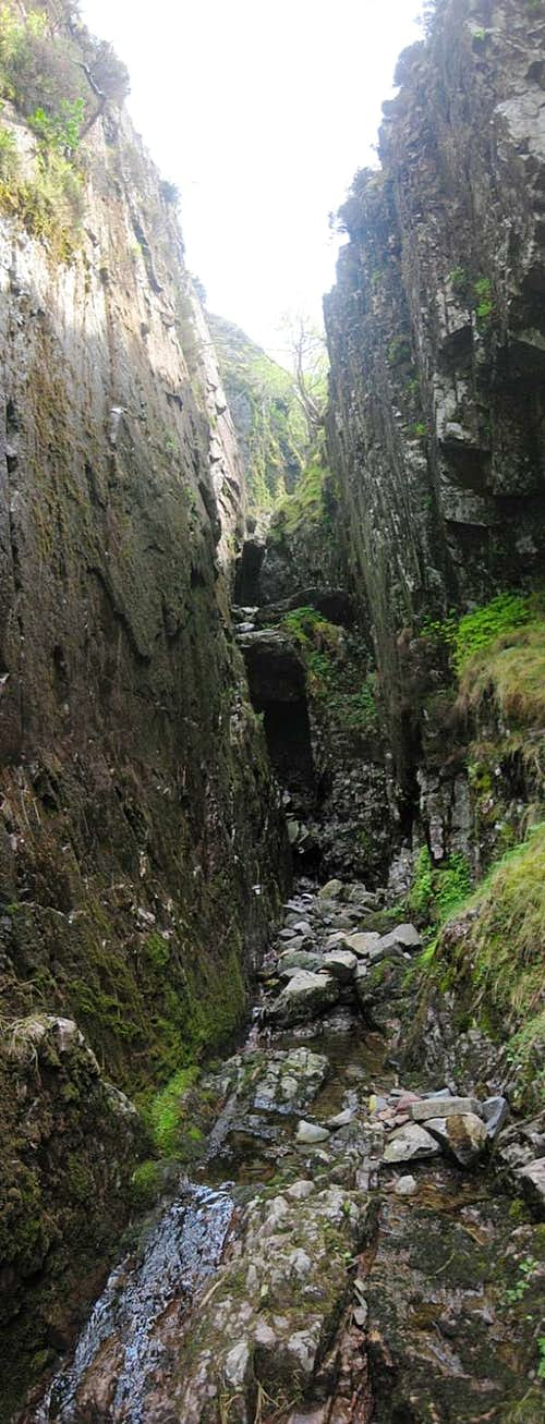 Scrambling section ahead in one of the Canyons in the upper part of the Grains Gill