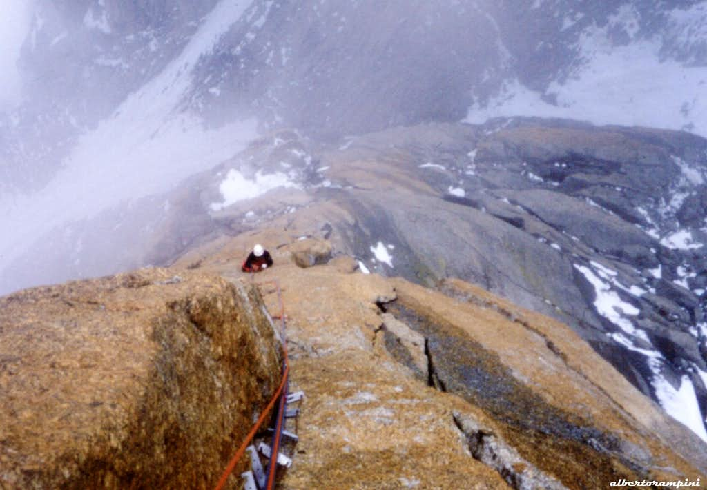 Void and fog on Swiss route - Grand Capucin