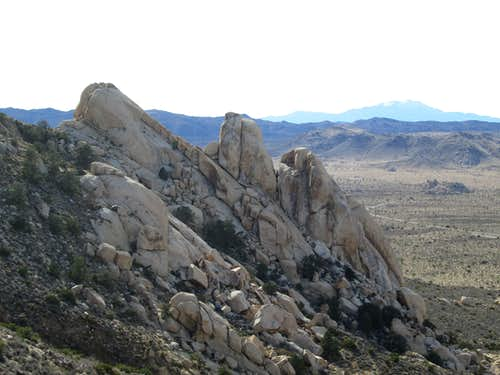 Huge rocks on the side of Ryan Mountain, Joshua Tree National Park