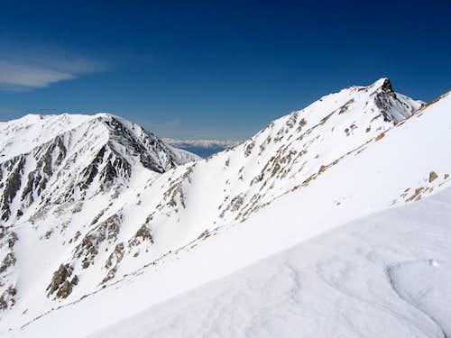 Boundary Peak in Spring