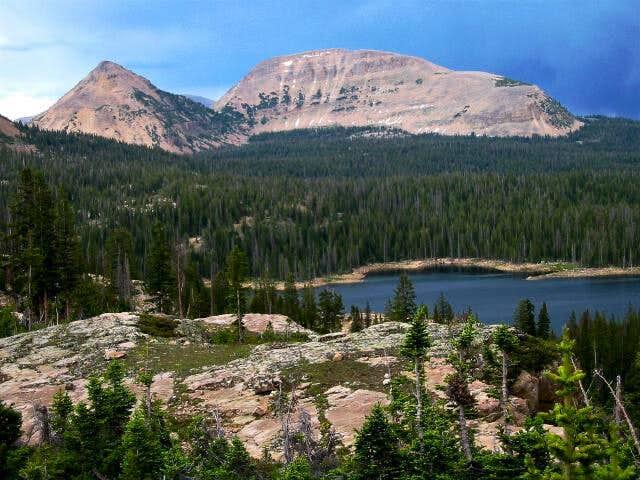 Reids Peak (left), Bald...