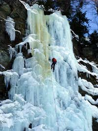 Iceclimbing in Kolm Saigurn
