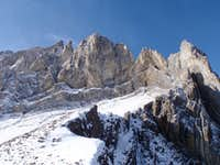 Walls above the col