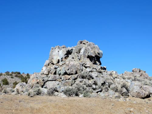 Rock at the parking lot at Sun Valley Regional Park