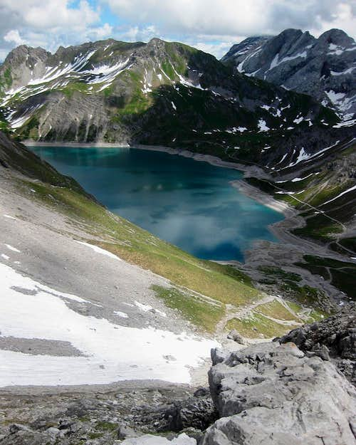 Lünersee from the descent from the Totalp Hütte
