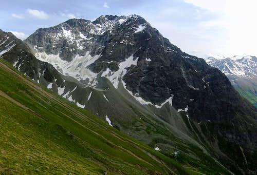 Puitkogel (3345m) from Gahwinden, dwarfing the Rüsselsheimerhütte