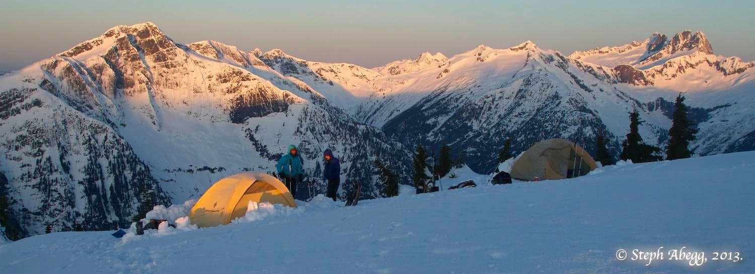 Sourdough Mountain - Stetattle Ridge overnight snowshoe