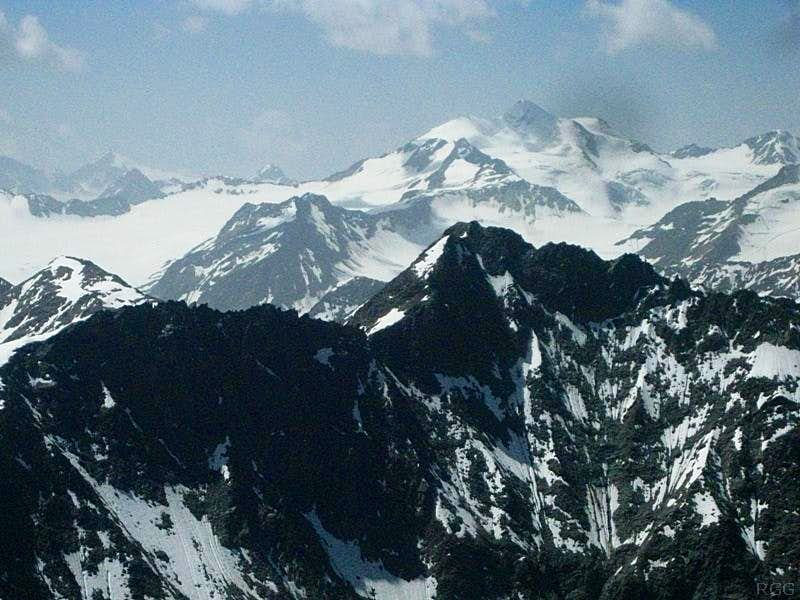 A distant Wildspitze (3768m) above the Puitkogel (3345m), from Hohe Geige (3395m)