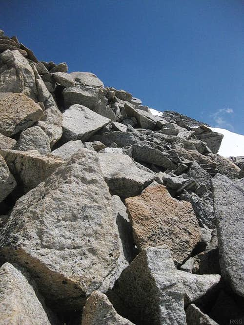 The boulder field southwest of the summit of Hohe Geige