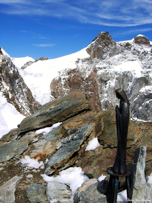 Punta Giordani summit signal