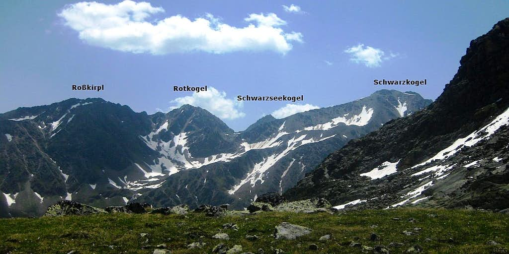 Annotated panorama of the central part of the Polleskamm, viewed from the northwest