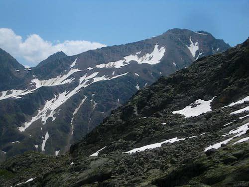 Schwarzkogel (3016m) from the northwest