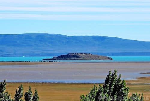Lago Argentino and Isla Solitaria (lonely island)