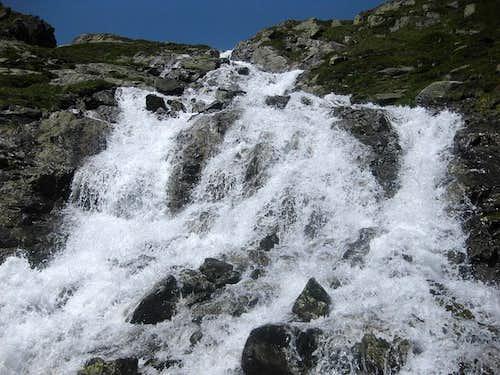Wild water coming down Weites Kar