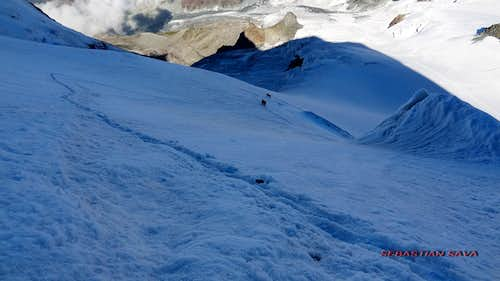 The trail on the s-w face of Castor