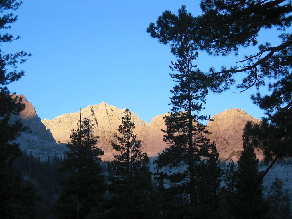 Rae Lakes Loop view at dusk at Woods Creek campsite