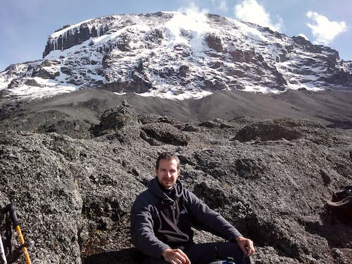 Kilimanjaro - Machame Route In The Rainy Season in 5 Days