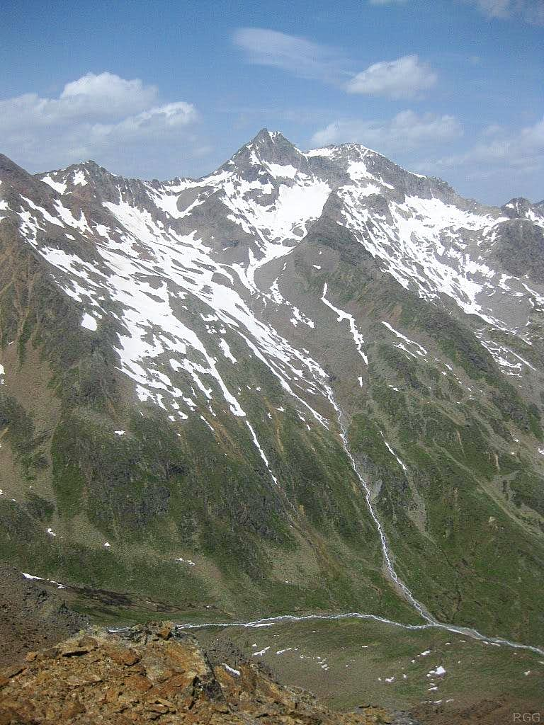 View across the Pollestal to Sonnenkogel (3166m) and Puitkogel (3343m)