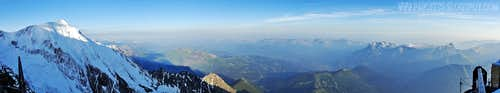 180° view from Gouter hut. Aiguille du Bionnassay on the left